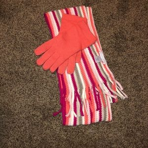 NY&Co. pink scarf and gloves set